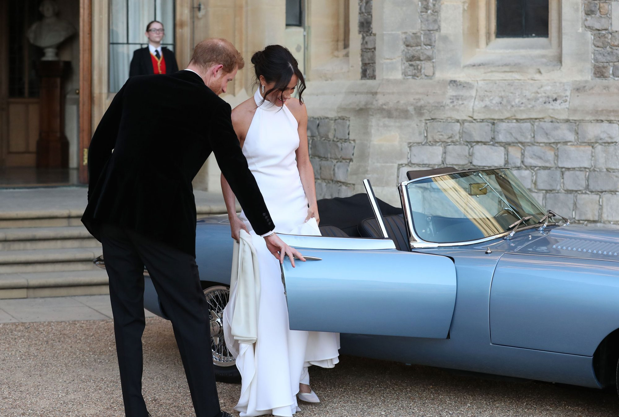 The Hidden Romantic Gesture You May Have Missed as Meghan and Harry Took Off in Their Getaway Car meghan-markle-r
