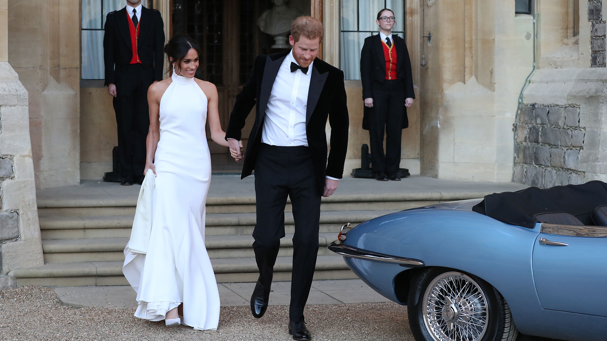The Queen made this special exception for Prince Harry at the royal wedding meghanseconddress2