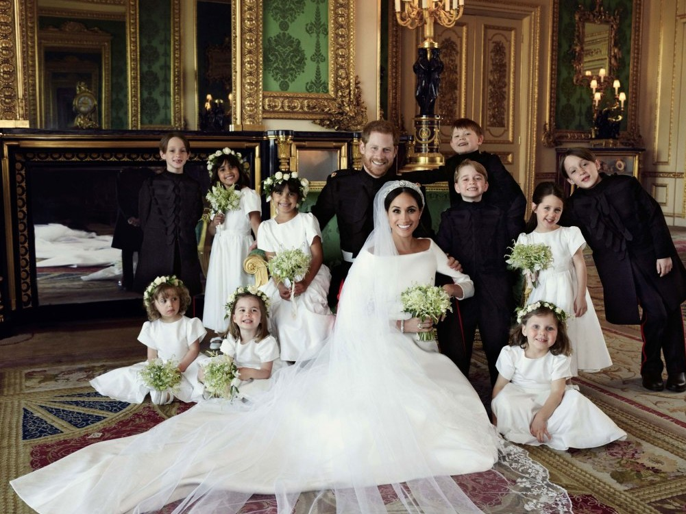Prince Harry and Meghan Markle's Official Wedding Portraits Have Just Been Released! prince-harry-33
