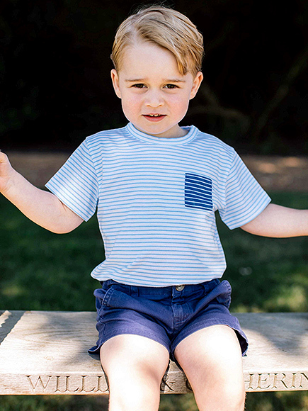 Prince George's Not-So-Shy Birthday Photo Is Here — See How It Compares to His 4 Past Portraits! prince-george-2-435-11