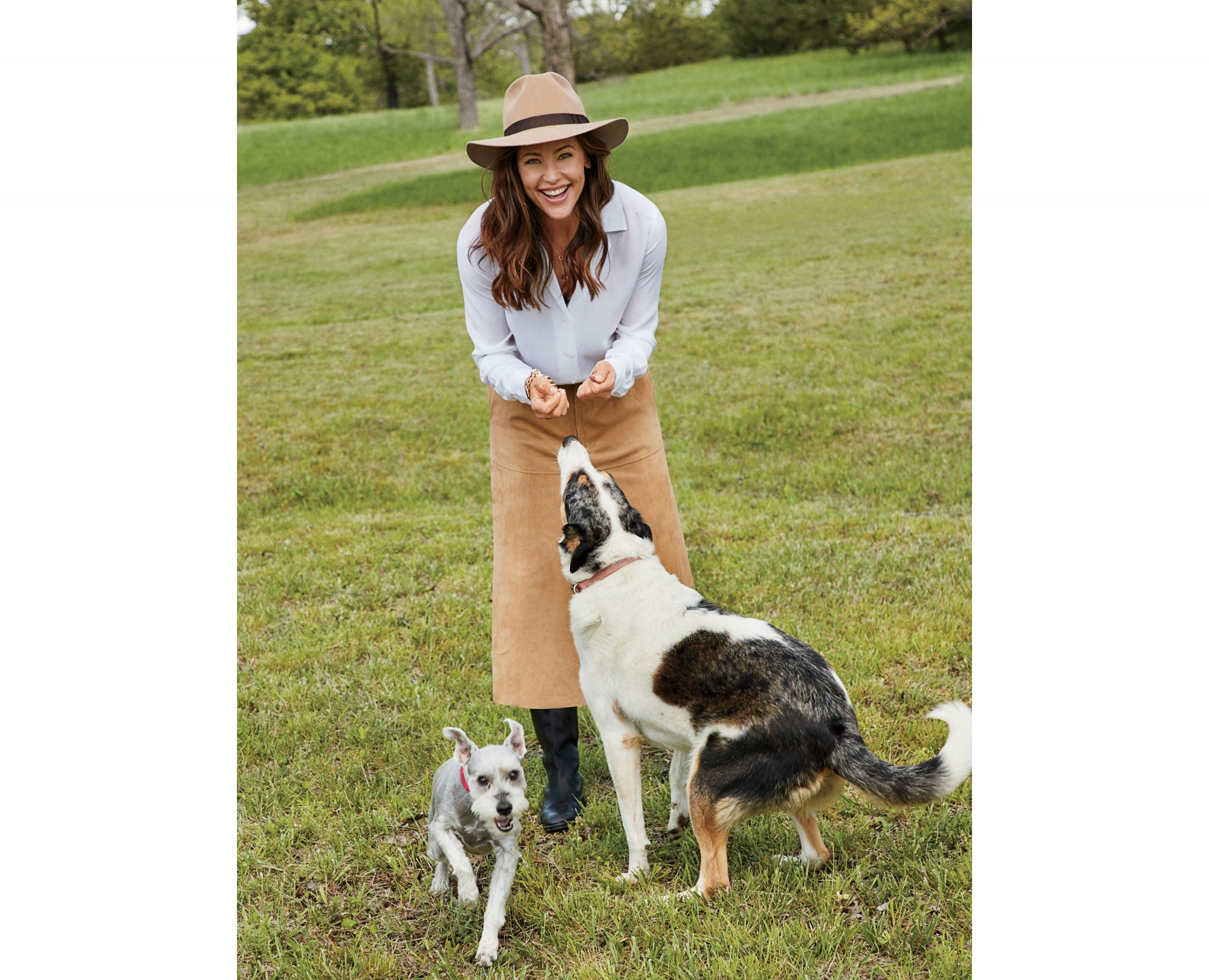 Jennifer Garner Playing with Dogs on Family Farm