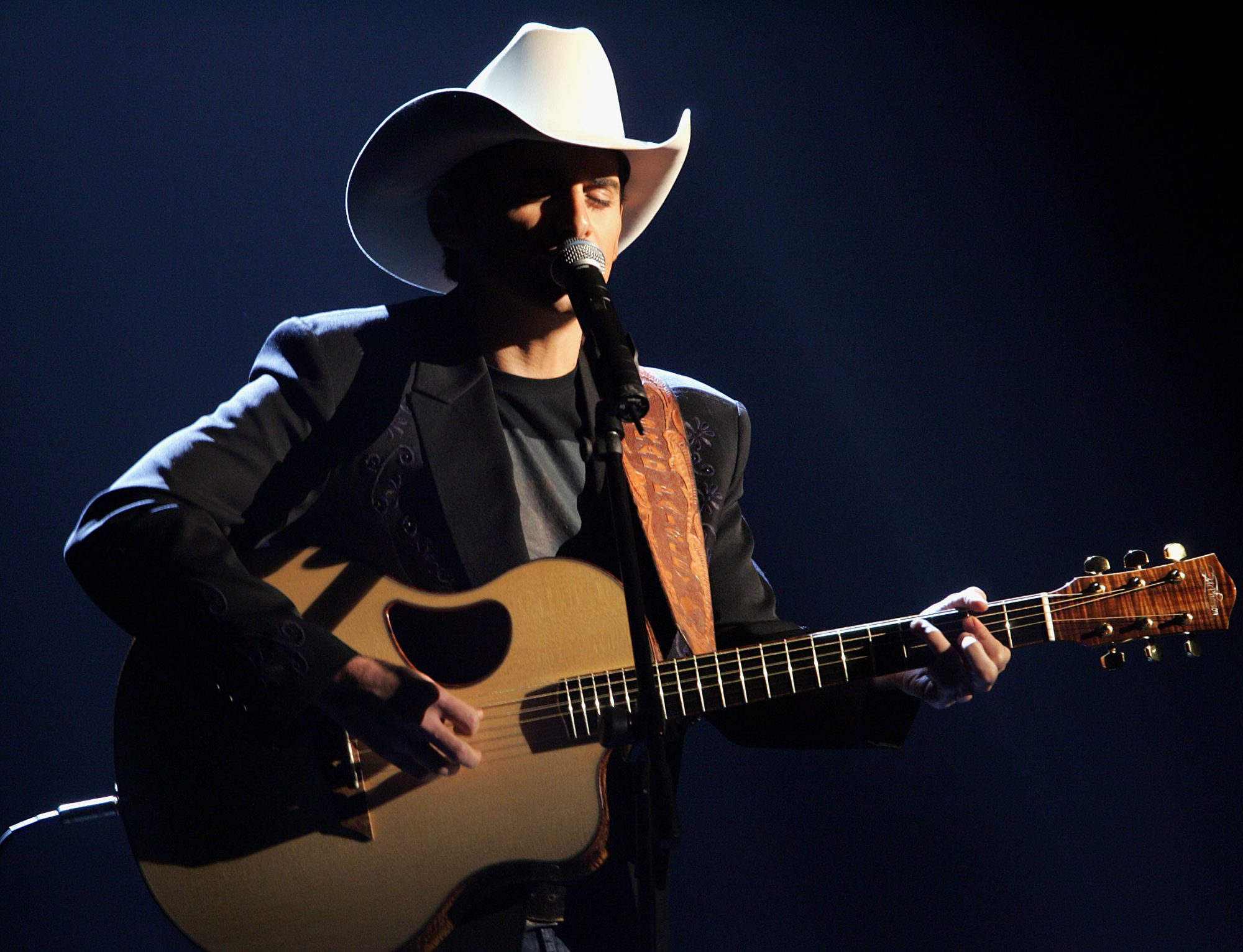 Brad Paisley and Acoustic Guitar