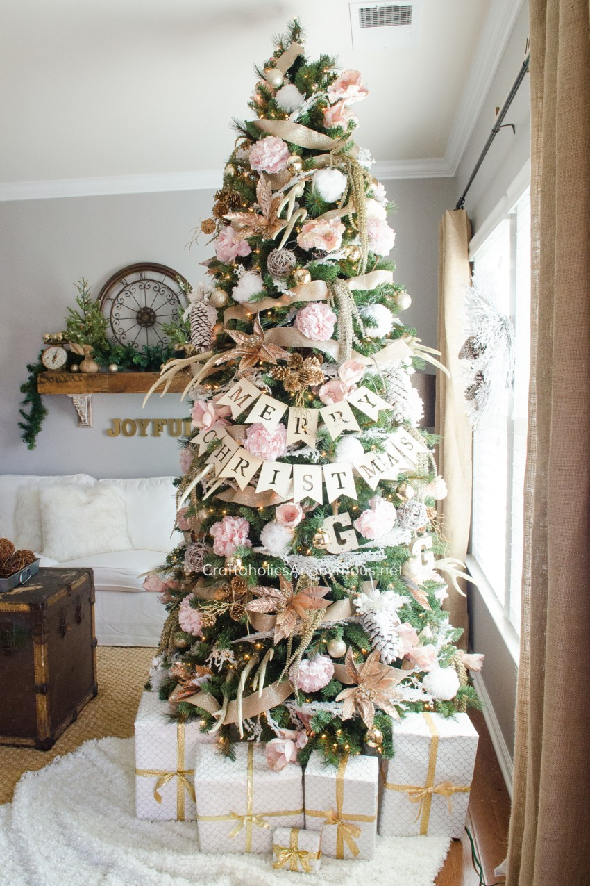 Subtly Southern Tree