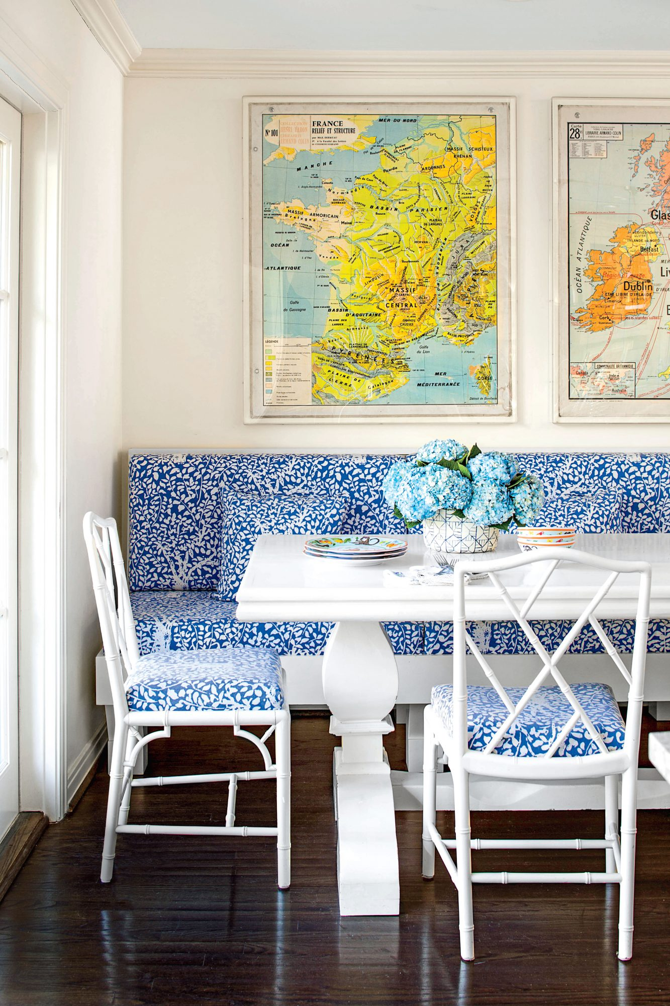 Blue and White Breakfast Nook