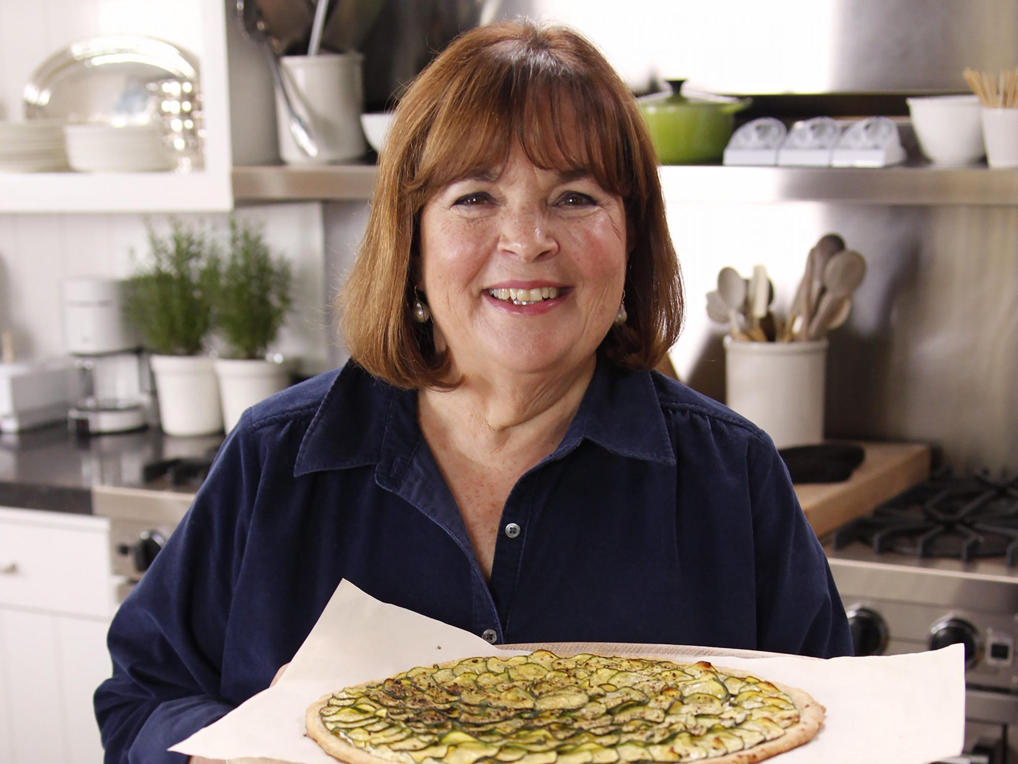 Ina Garten's 8 Essential Tips for Nailing Thanksgiving This Year 1810w-Ina-Garten-Pizza