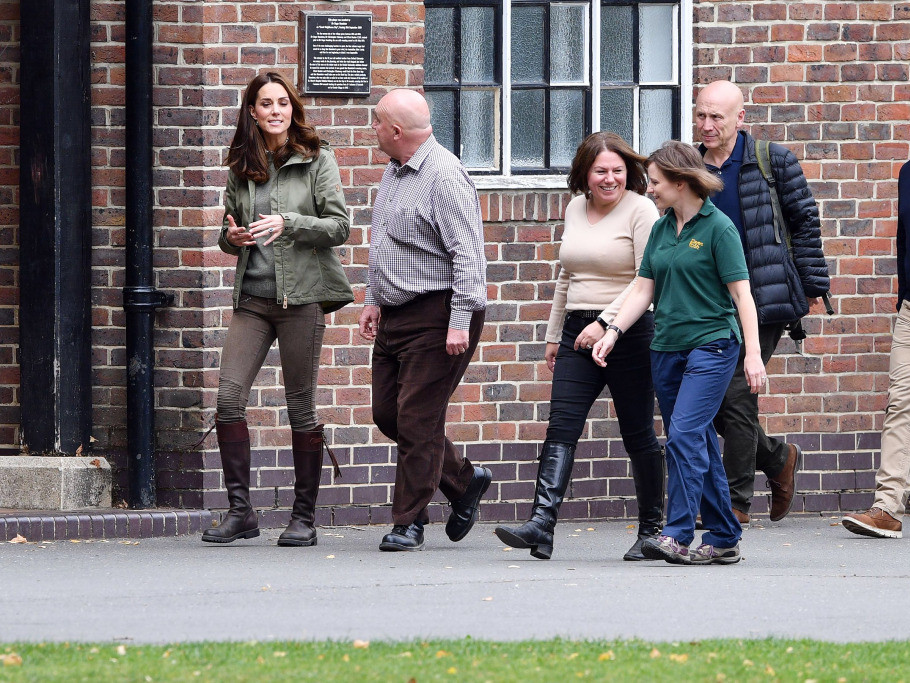 Kate Middleton Is Back from Maternity Leave — with a New Haircut and Old Boots! catherine-4