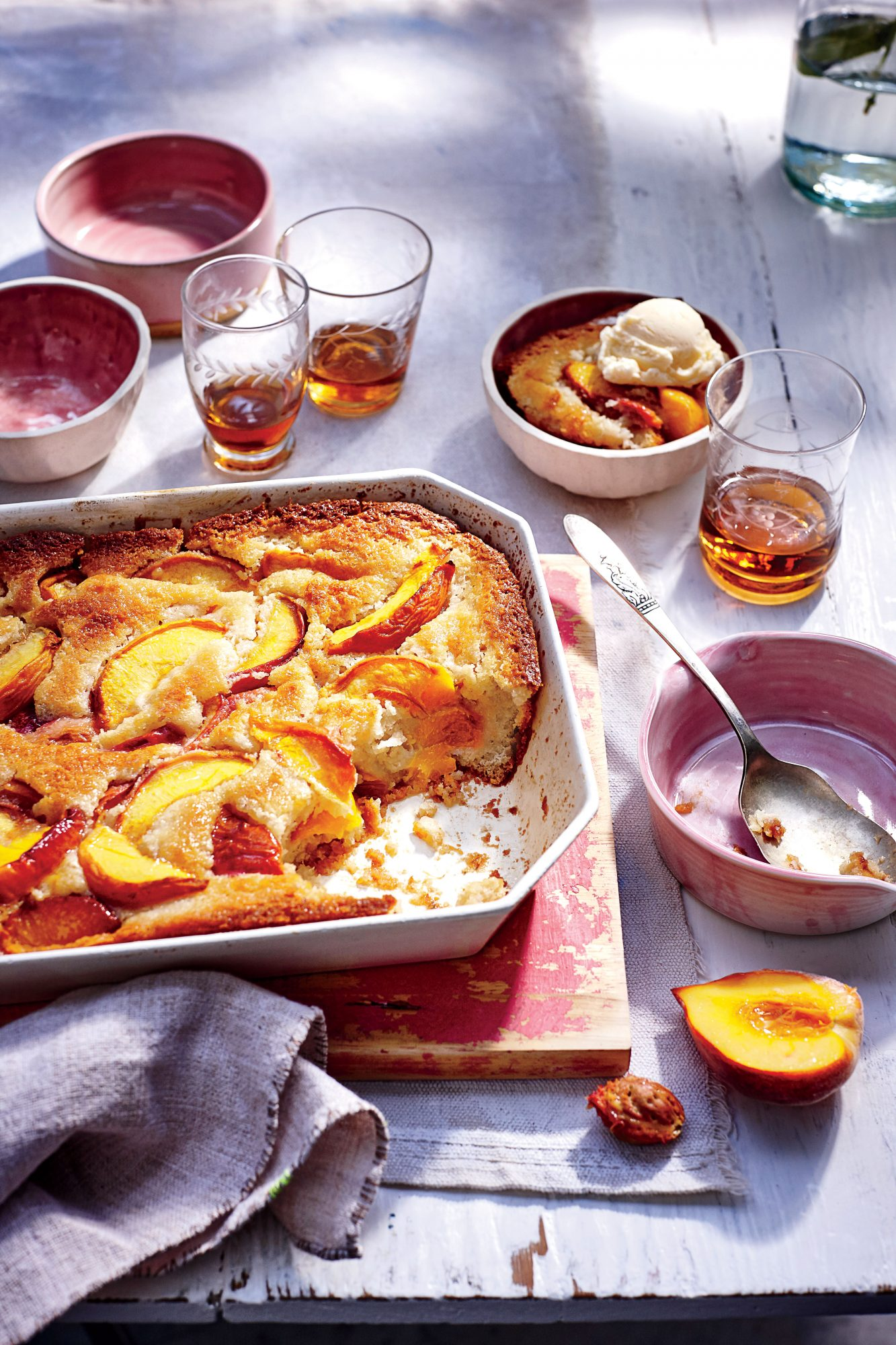 August: Easy Peach Cobbler