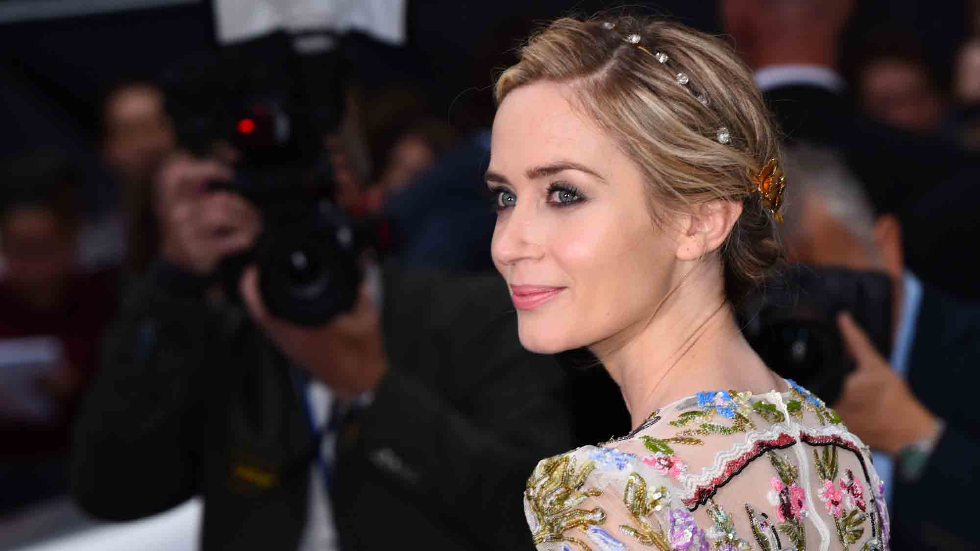 Emily Blunt at The Girl on the Train premiere