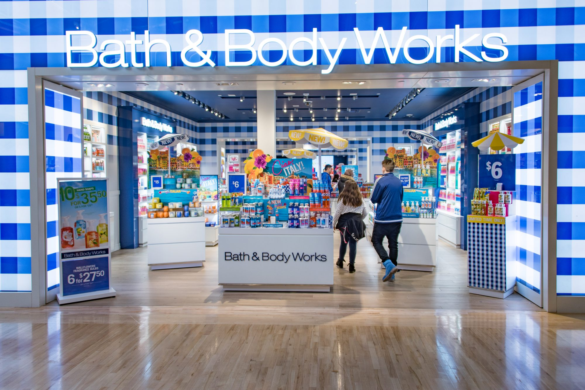 Bath and Body Works Store Front