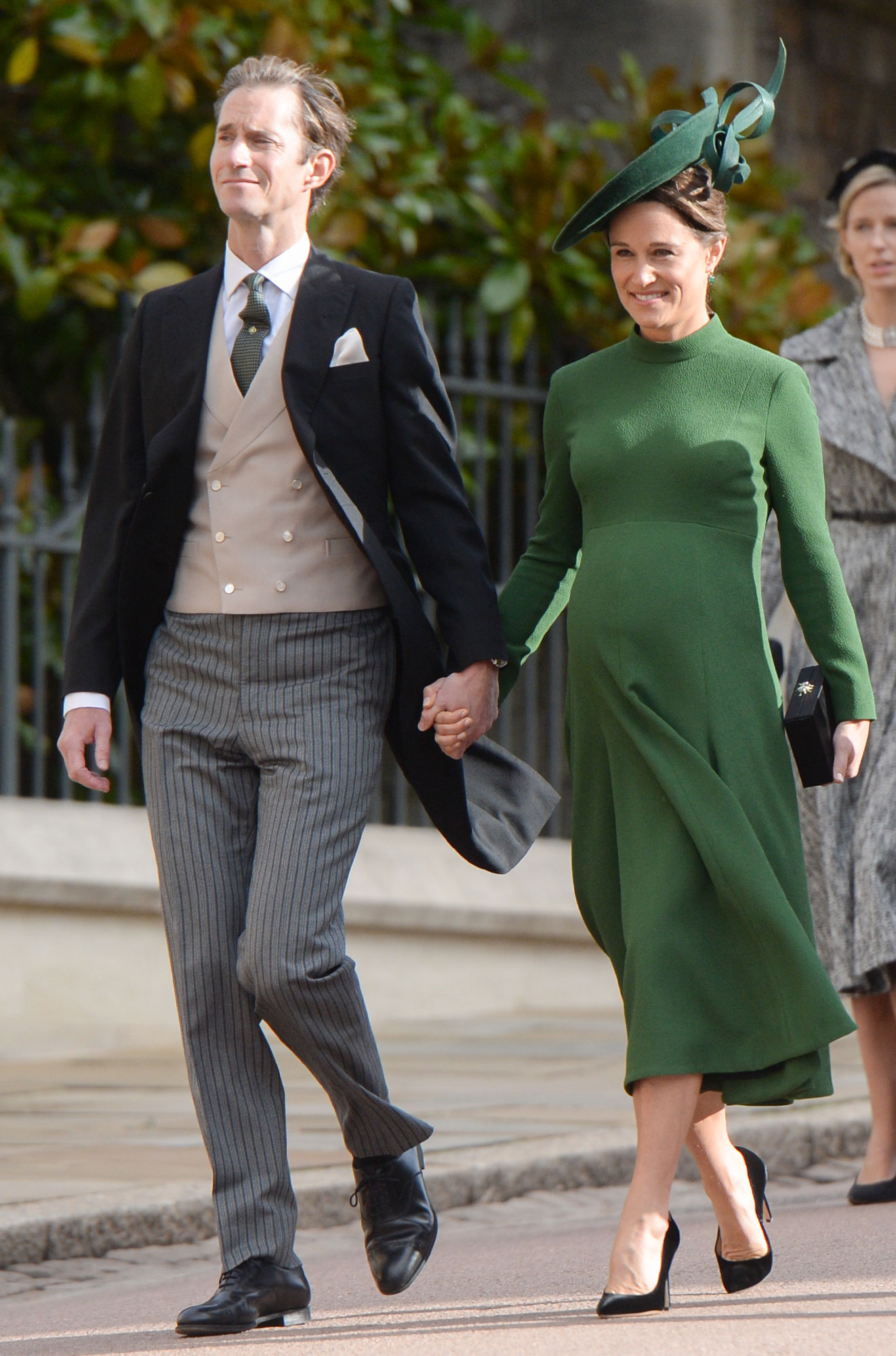 Even More Royal Baby Buzz! Pregnant Pippa Middleton Checks Into Hospital with Overnight Bags pippa-middleton-1