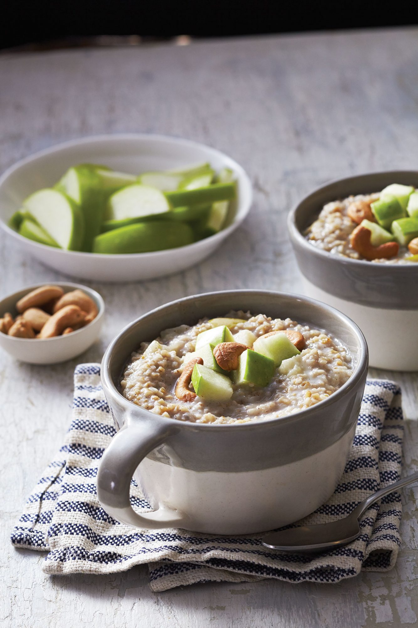 Steel Cut Oatmeal with Apples