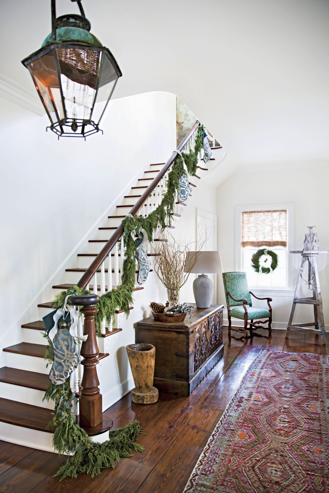 A. Hays Town Christmas Stairway Cypress Garland