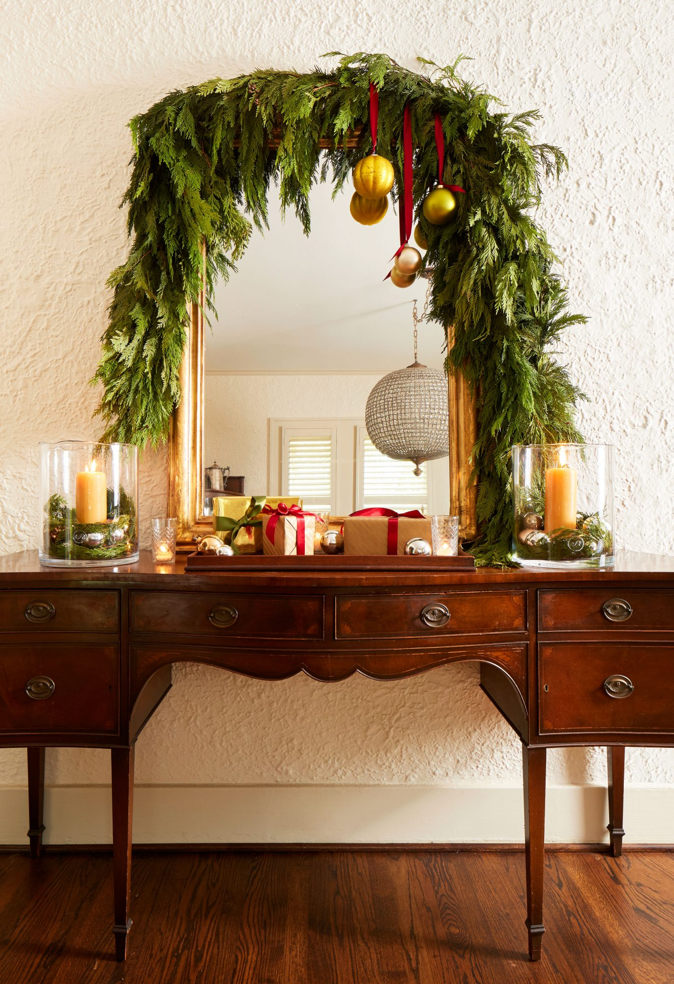 Cedar Garland Over Mirror