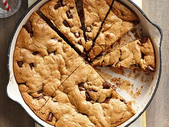 Costco's Colossal Cookie Is Here to Rescue You From Holiday Baking RU280135