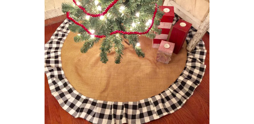 buffalo-plaid-burlap-christmas-tree-skirt