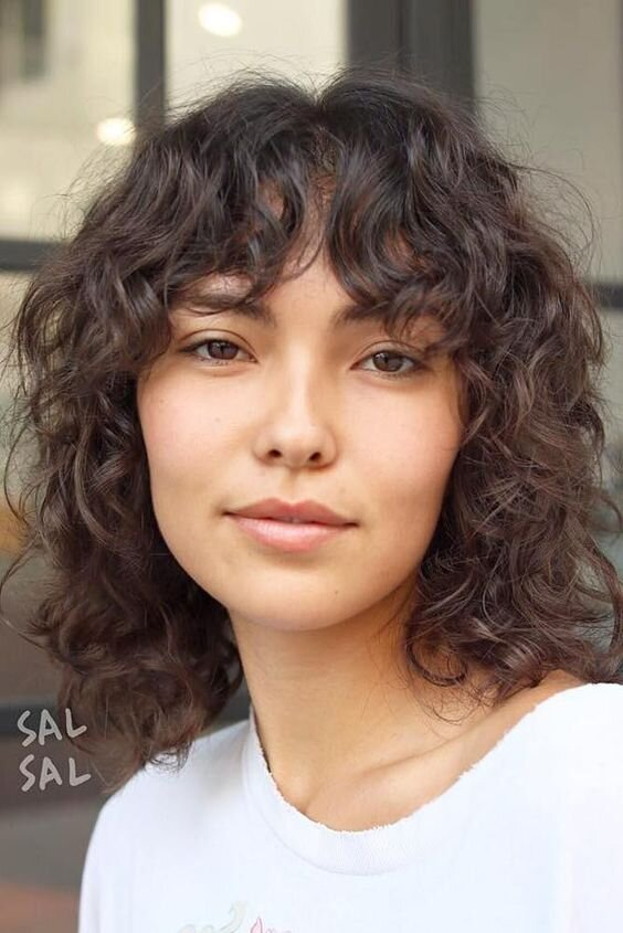 Medium Hairstyles For Curly Hair Girls 29