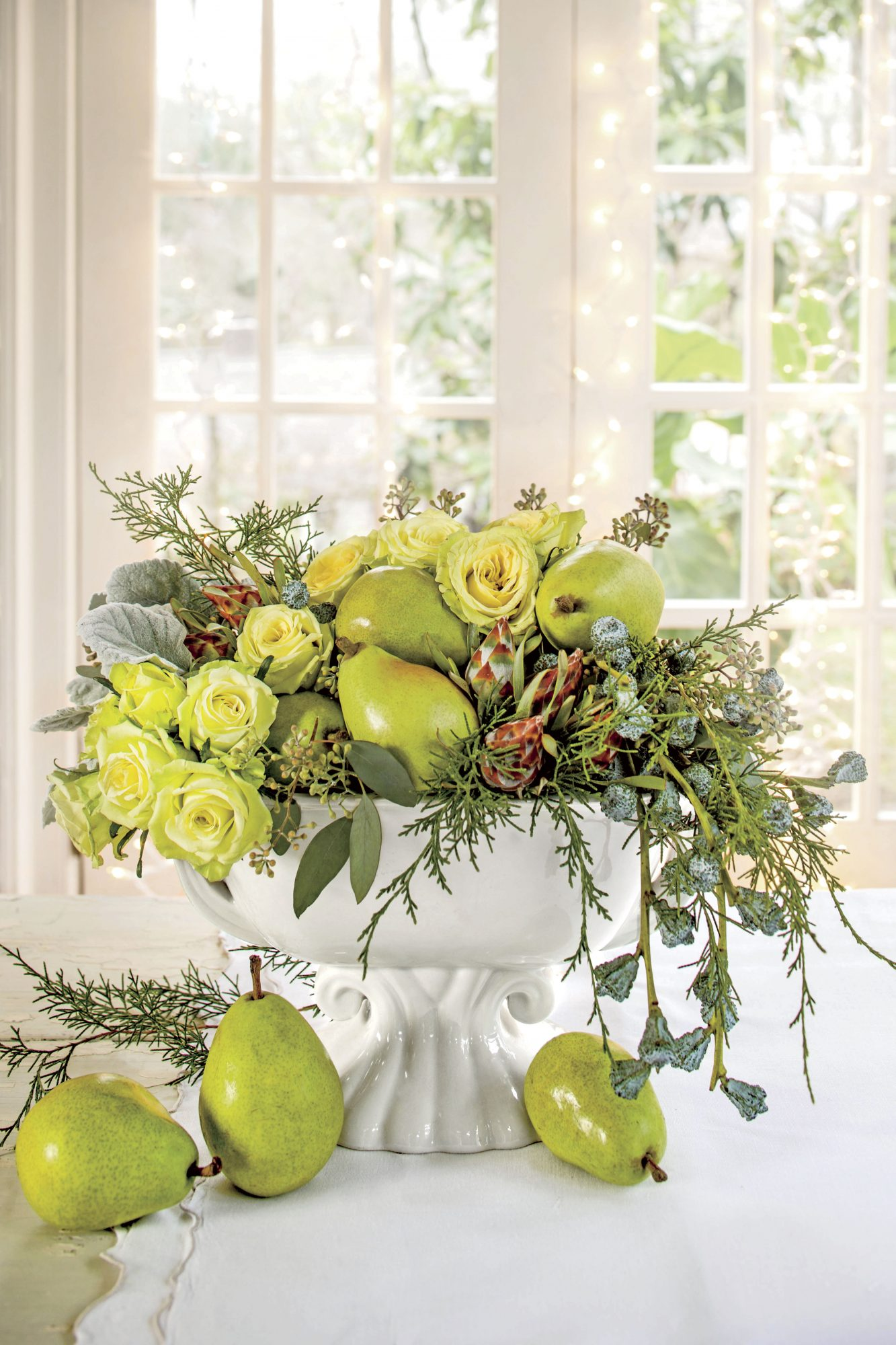 Green Pear and Roses Christmas Centerpiece