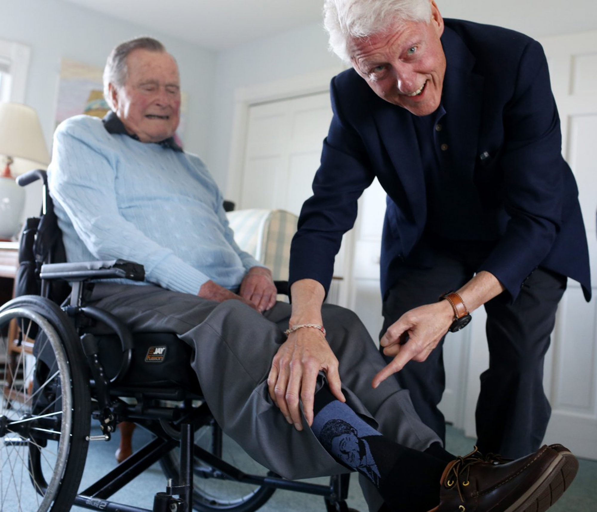 Americans Remember George H.W. Bush with Touching #SocksForBush Social Media Campaign bill-clinton-george-hw-bush