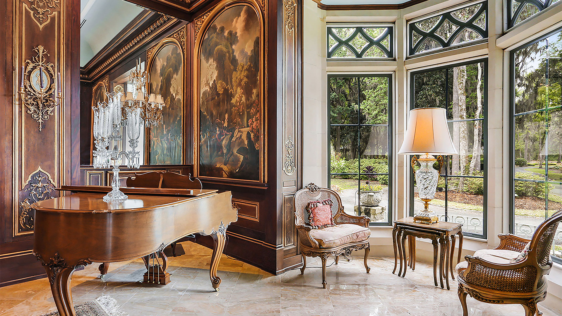 Colleton River Club French Chateau Alcove