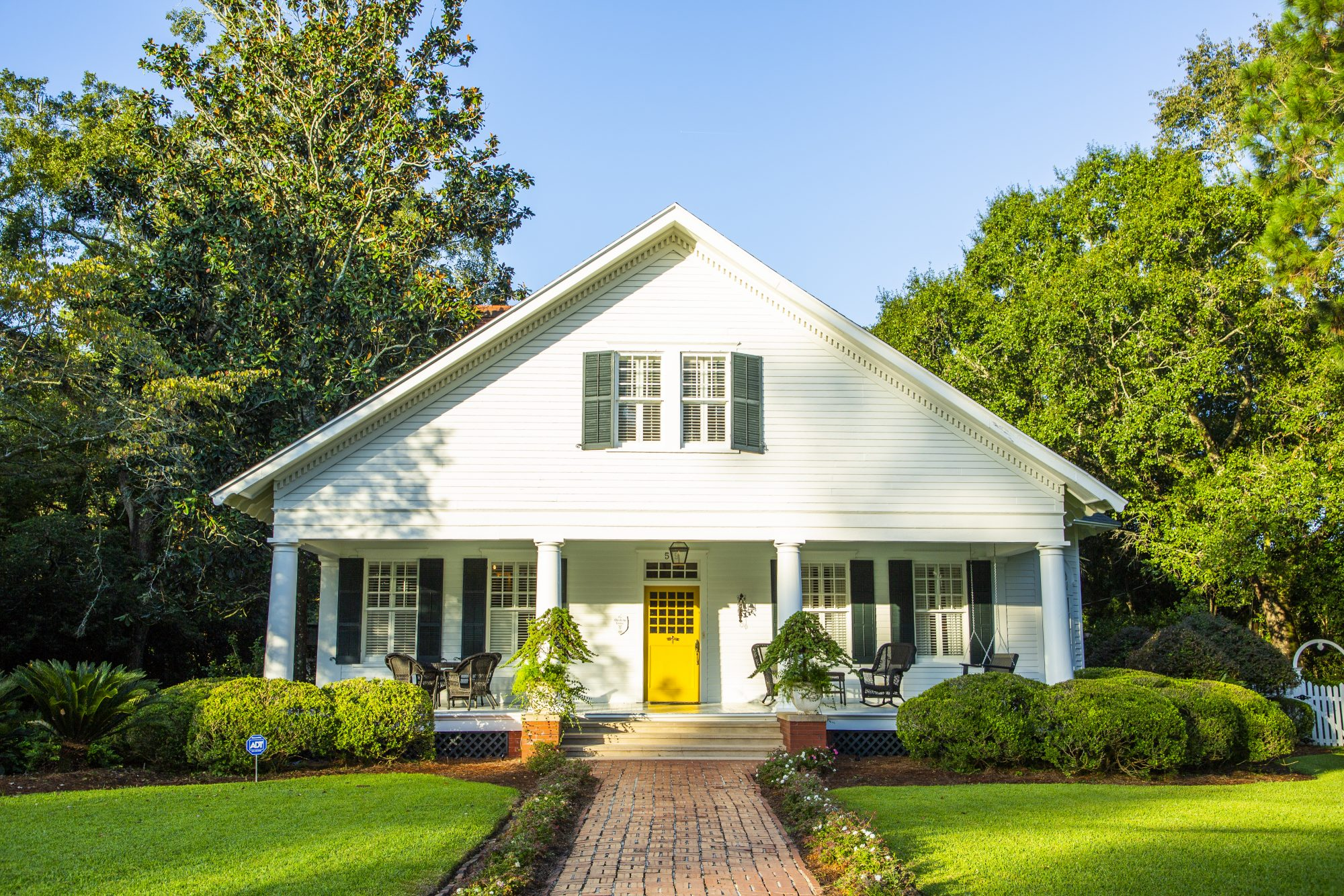 Thomasville, GA House for Sale with Yellow Front Door