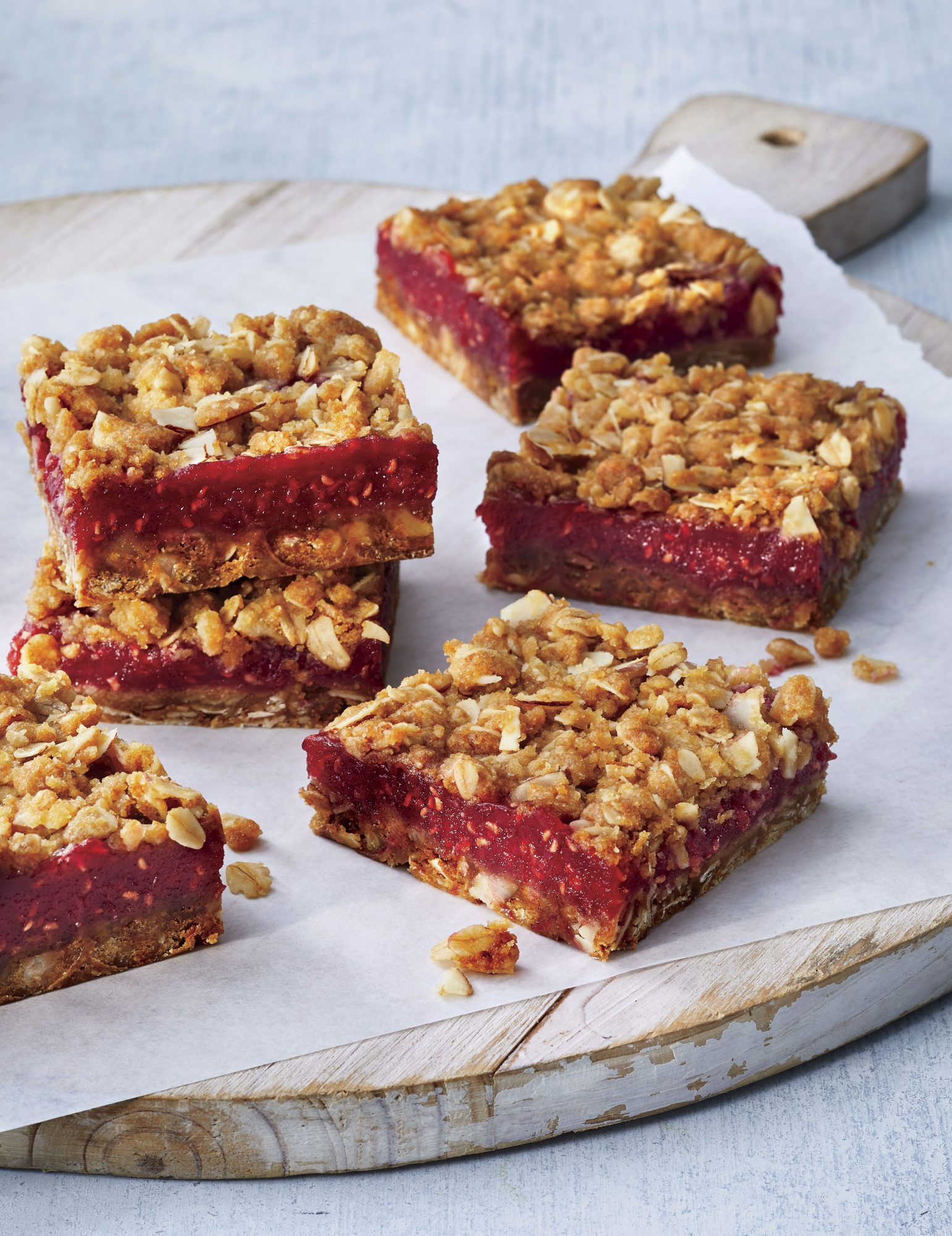 Raspberry-Almond Crumble Bars