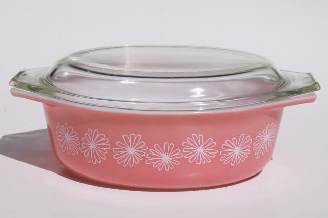 This Is Mrs. Maisel's Exact Pyrex Pattern (And Here's Where You Can Buy It) a4784c3267cdb1f31e1a2a2a874e44c2