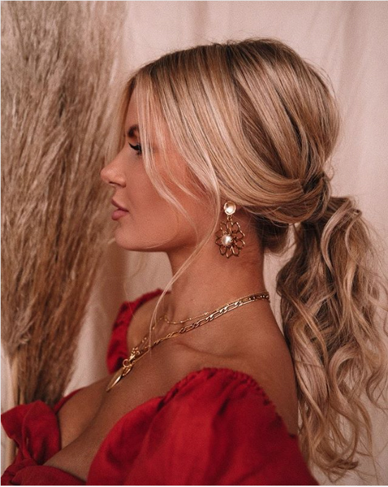 34 Pretty Ponytail Hairstyles That Prove They Re Coming Back Big In 2020 Southern Living