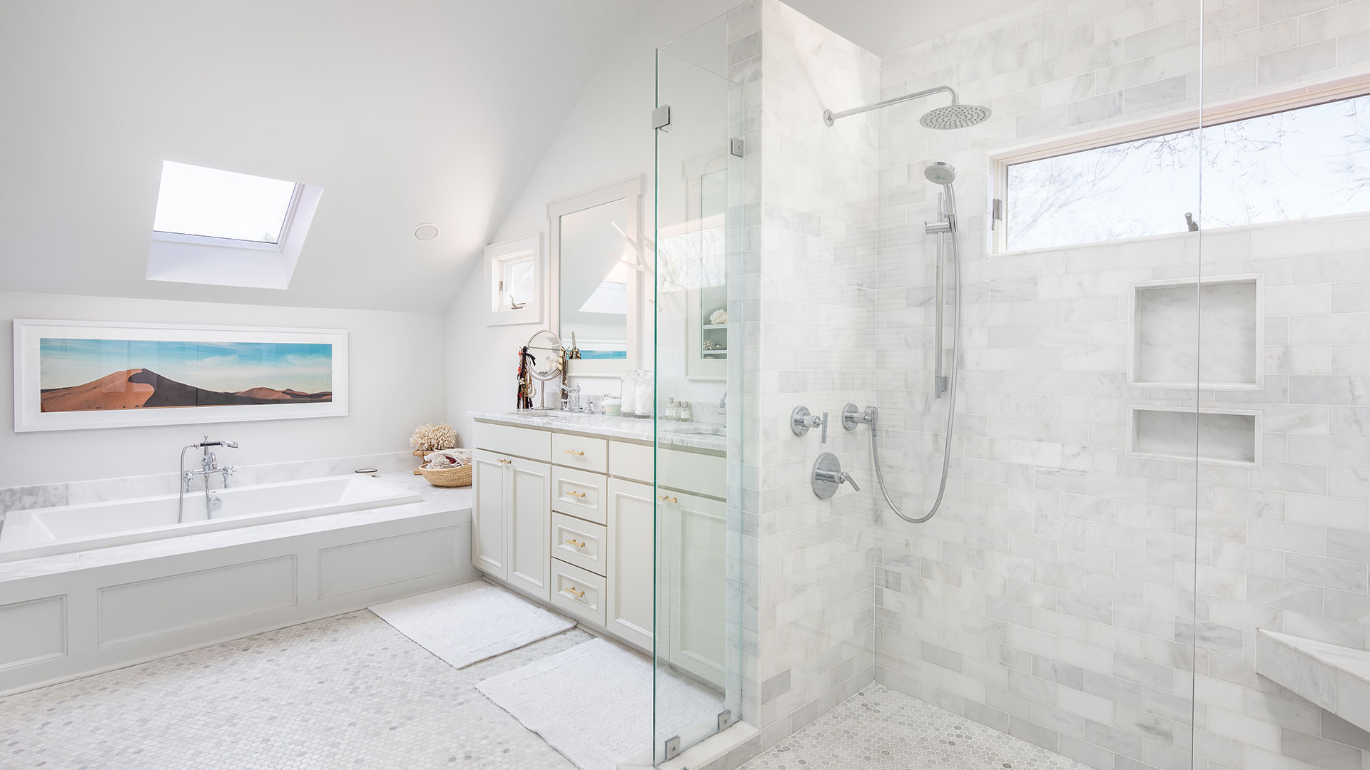 Thompson Avenue Sullivans Island Master Bathroom