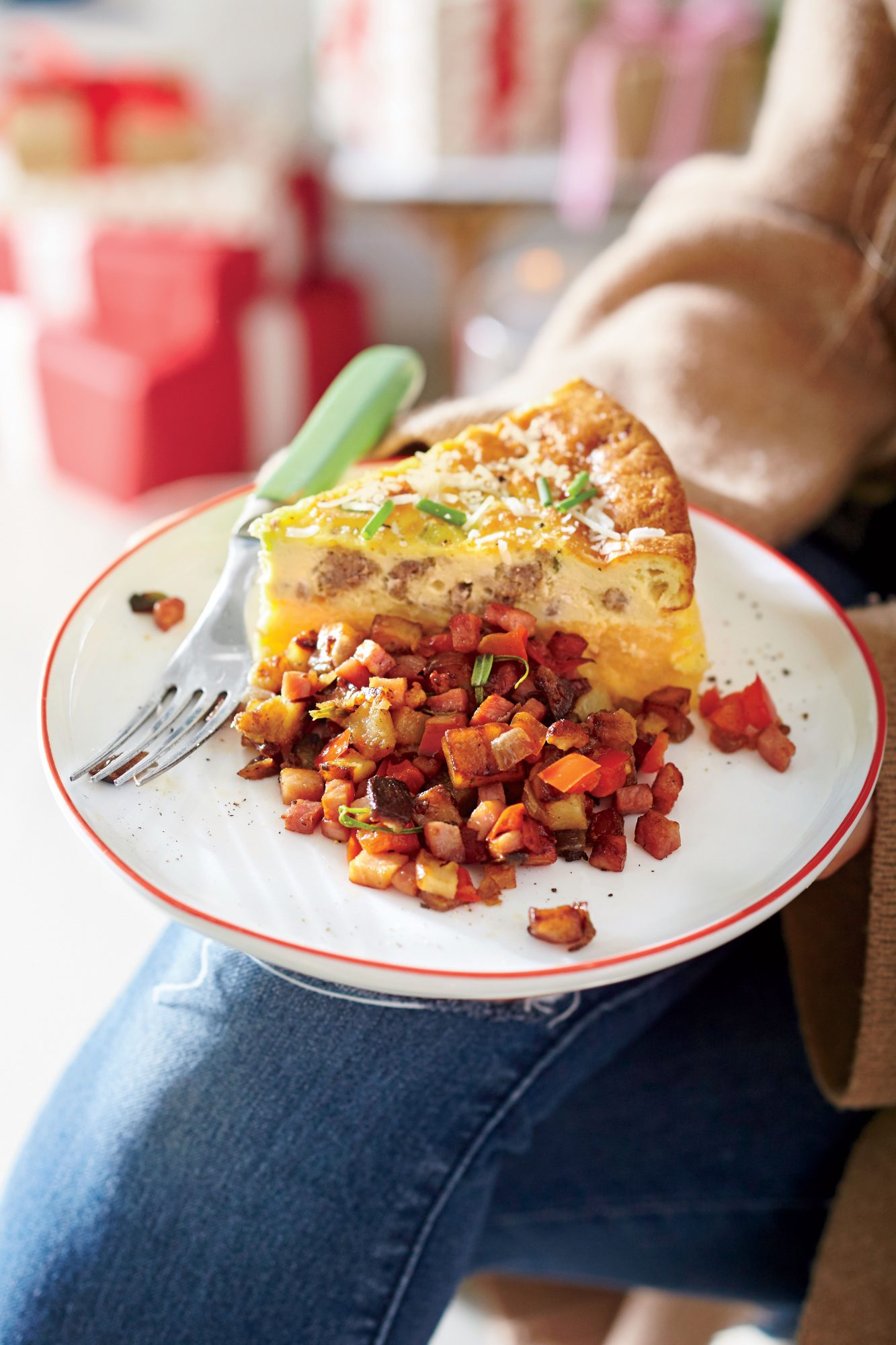 Sausage-and-Cheese Grits Quiche