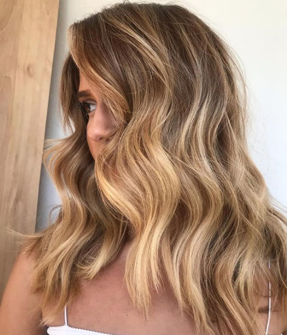 Honey Brown Is the Perfect Spring Color for Low-Maintenance Brunettes