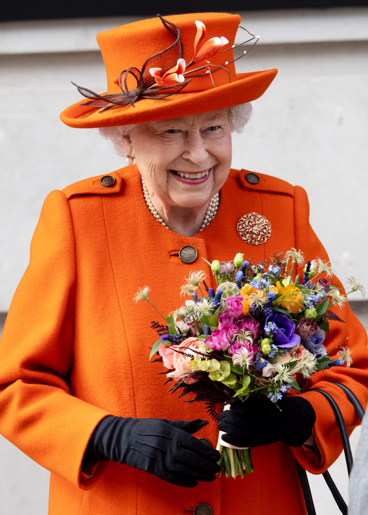 Queen Elizabeth Just Posted Her First-Ever Instagram — and It's an Epic Throwback! queen-4
