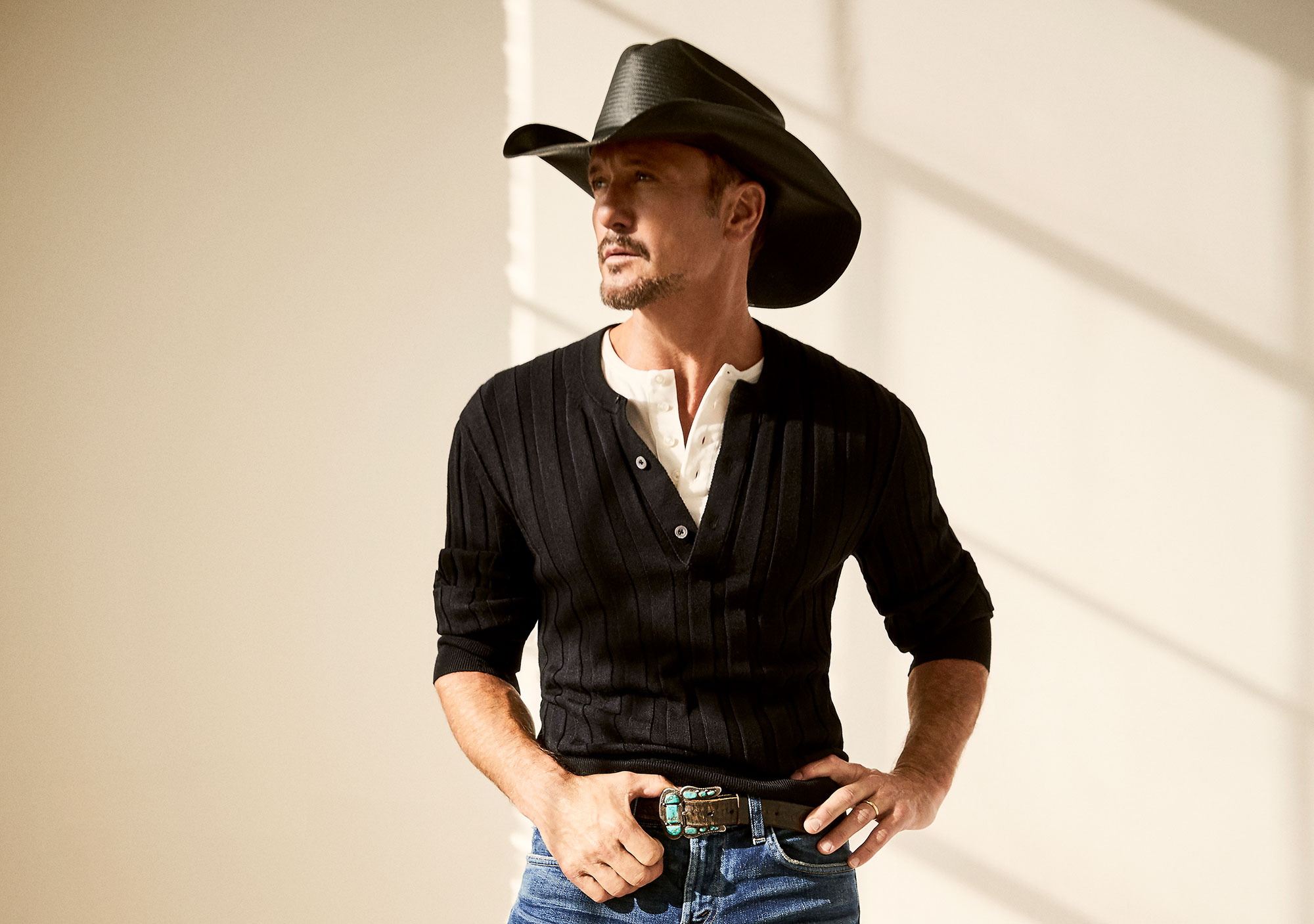 Tim McGraw Is Writing a Book About His Health Transformation: Exercise Brings 'Focus to My Life' tim-mcgraw