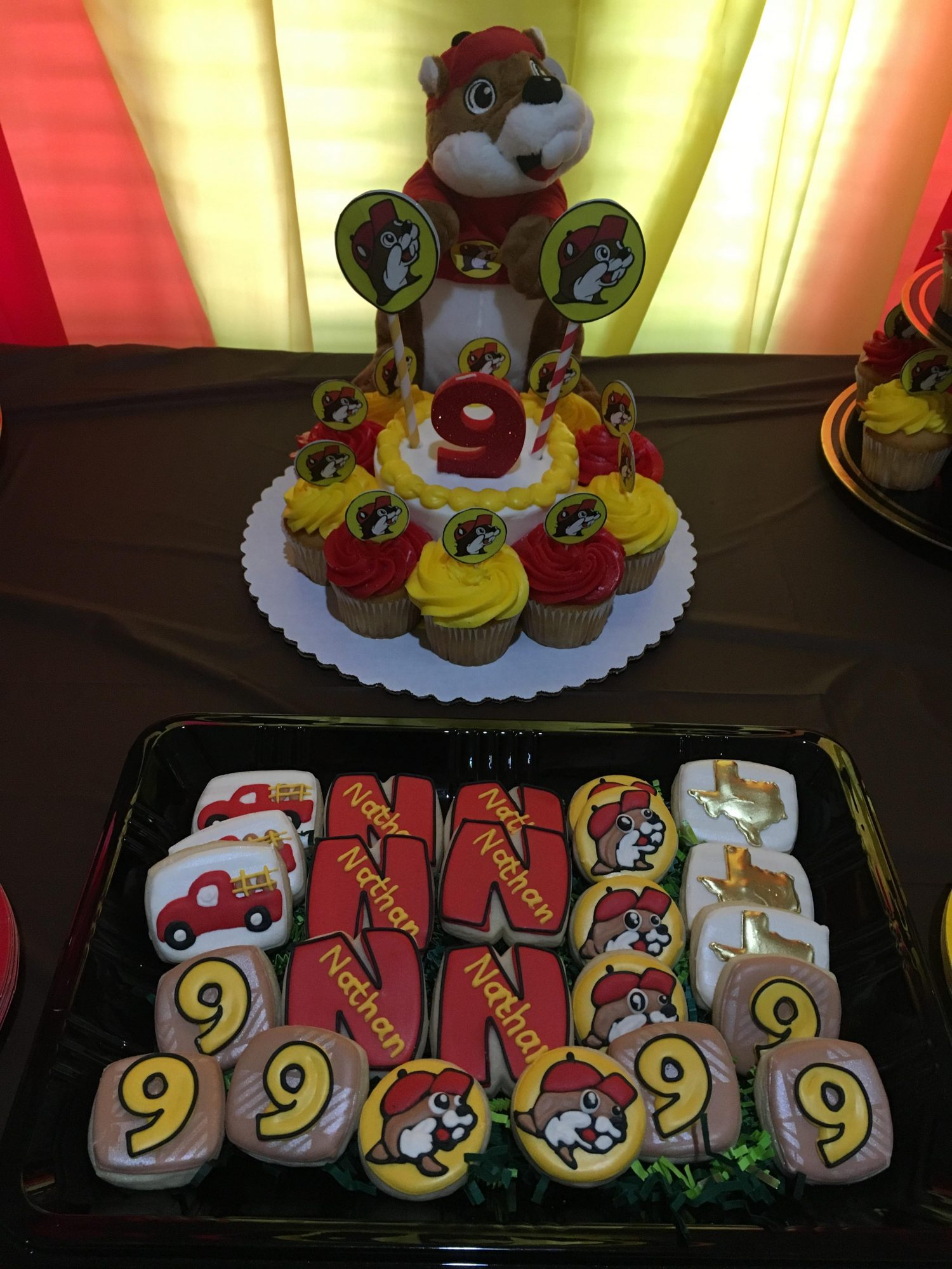 Buc-ee's Birthday Party Dessert