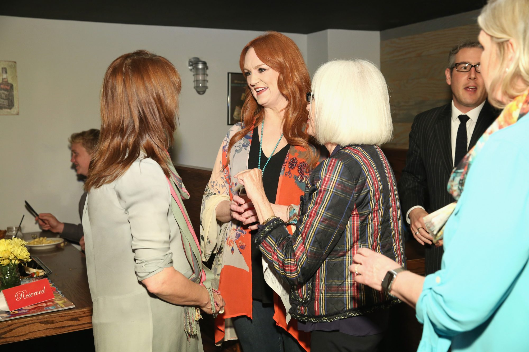 Pioneer Woman Ree Drummond in Crowd