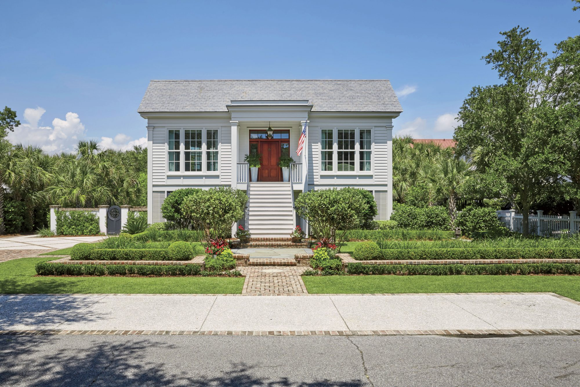 Joan and John Hackenberg Home in Mount Pleasant, SC Designed by Daughter Jenny Keenan