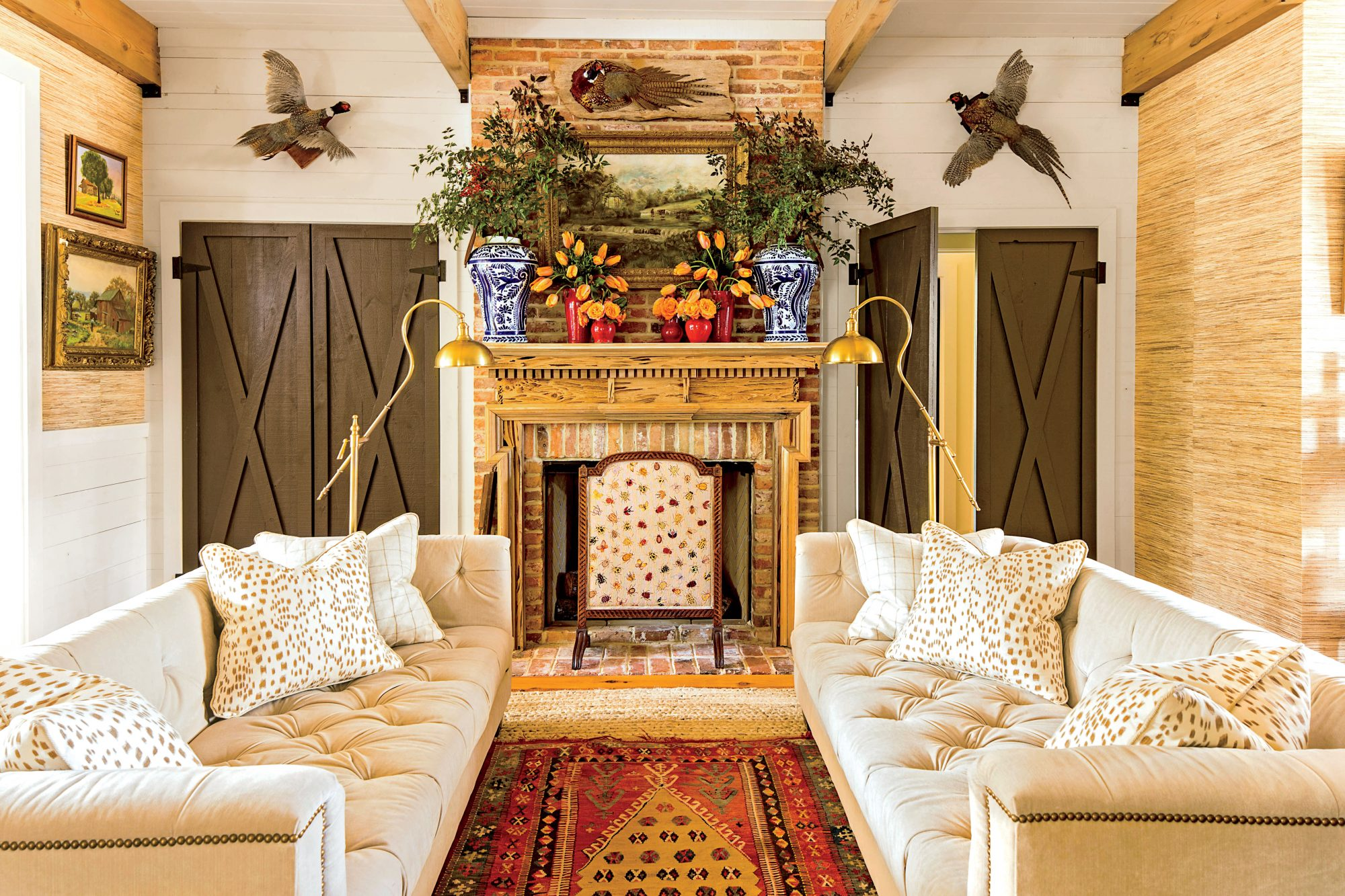 45 Farmhouse Decor Ideas For Your Southern Home Southern Living