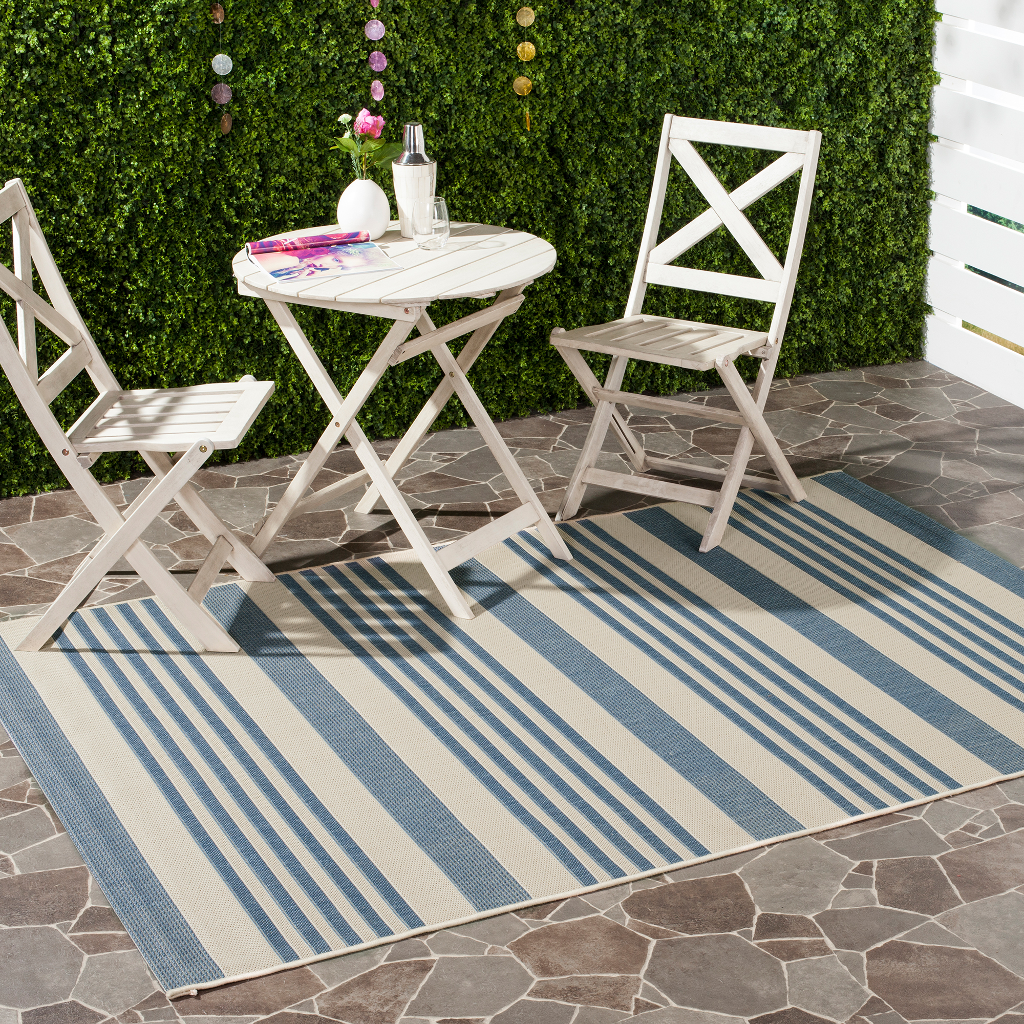 Safavieh Courtyard Caroline Striped Indoor/Outdoor Area Rug