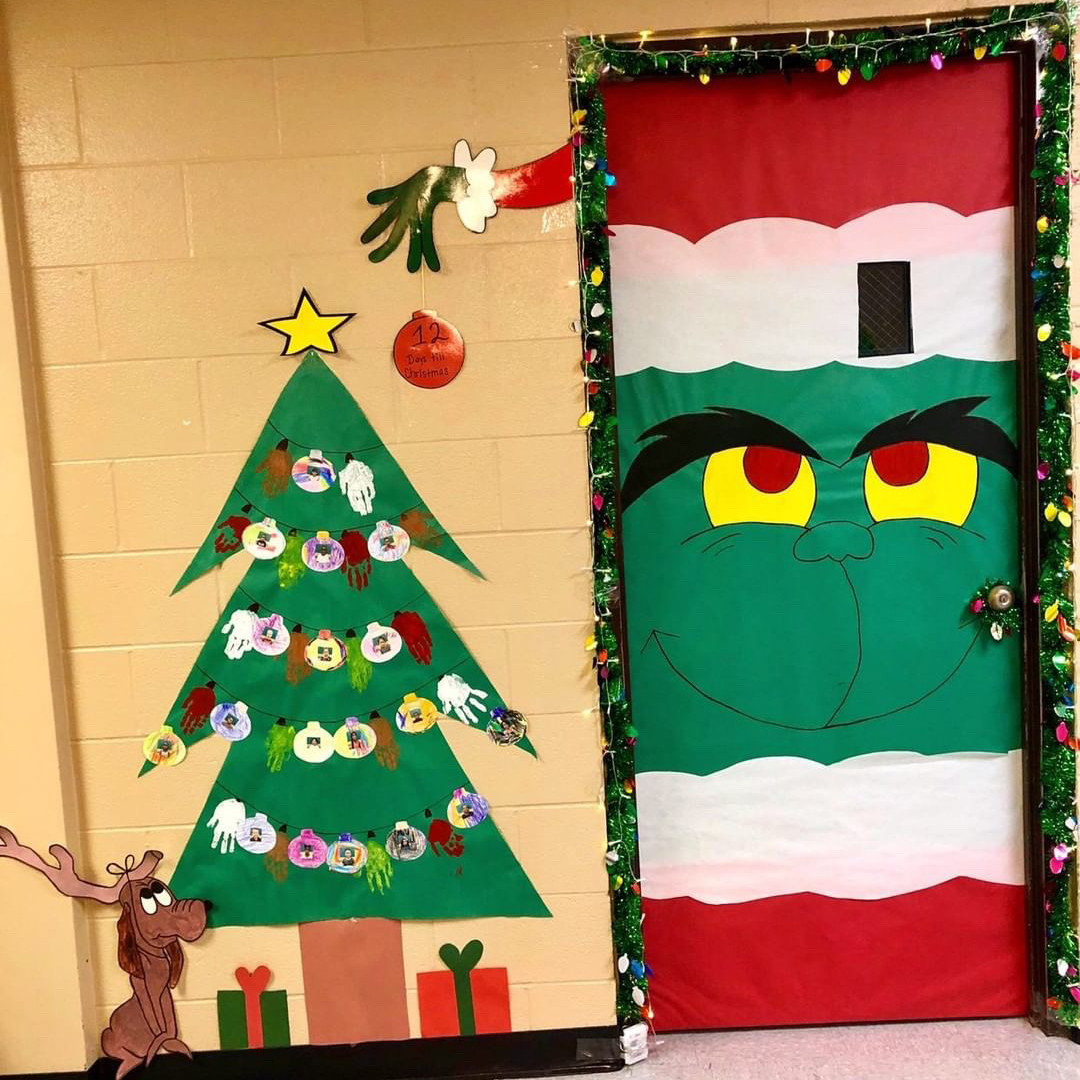 19 Cute Christmas Classroom Doors To Welcome The Holidays In Southern Living