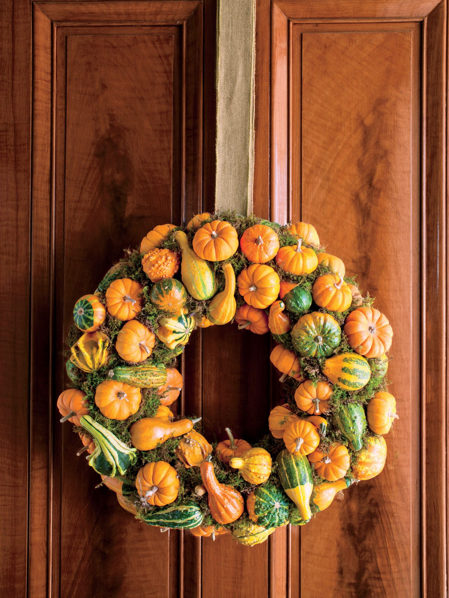 Pumpkin-and Gourd-Wreath