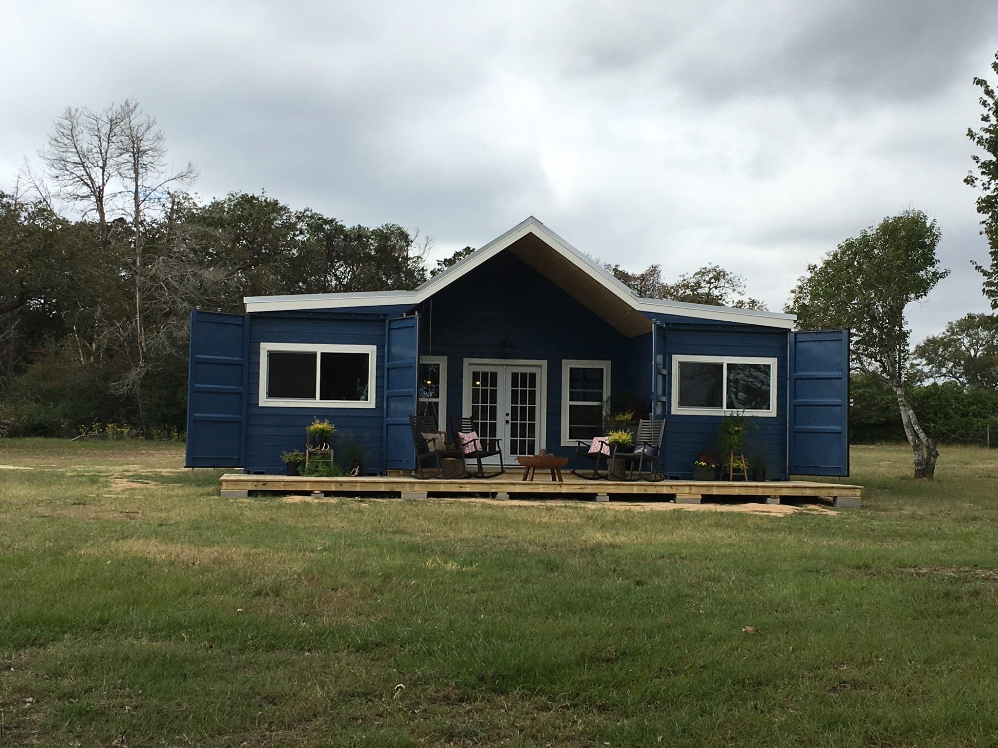 Backcountry Containers Farmhouse