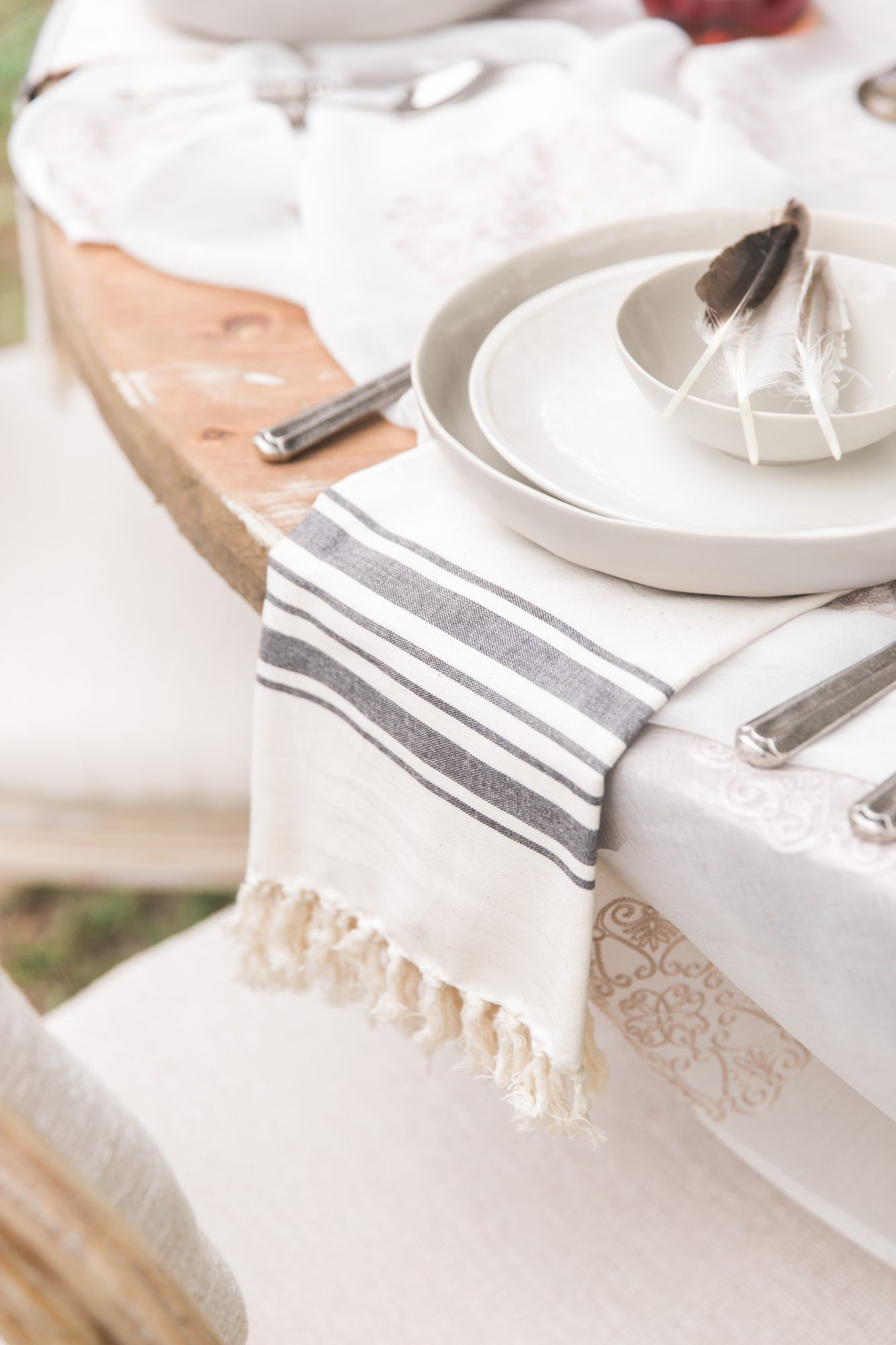 Countryside Whimsy Wedding Tablesetting