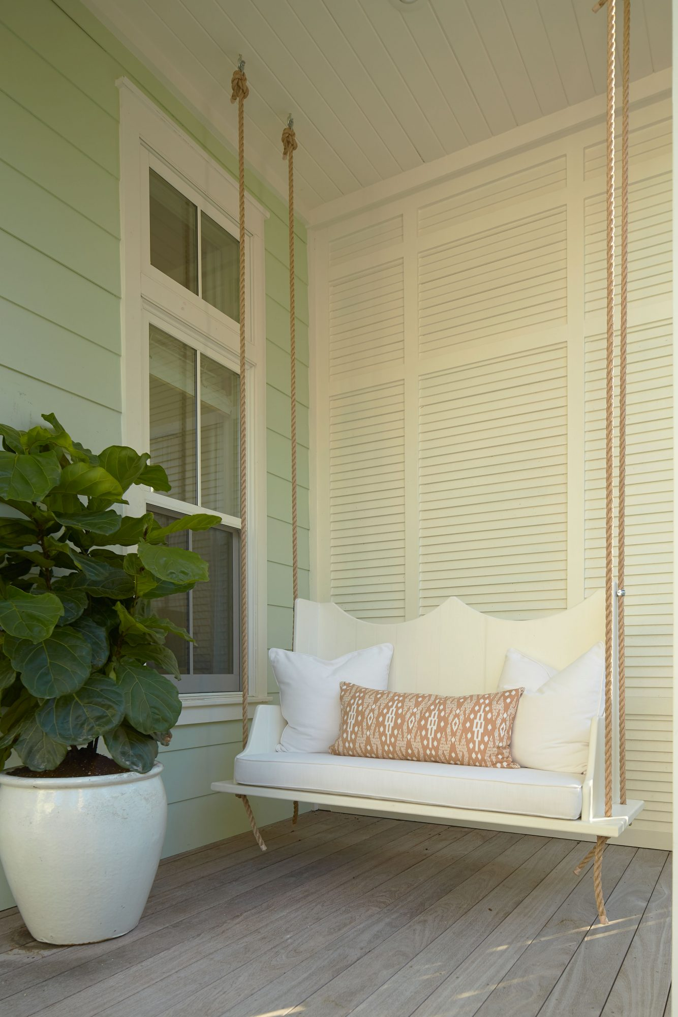 Mainson Studio WaterColor, FL Beach House Front Porch Swing