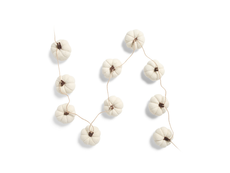 White Pumpkin Garland
