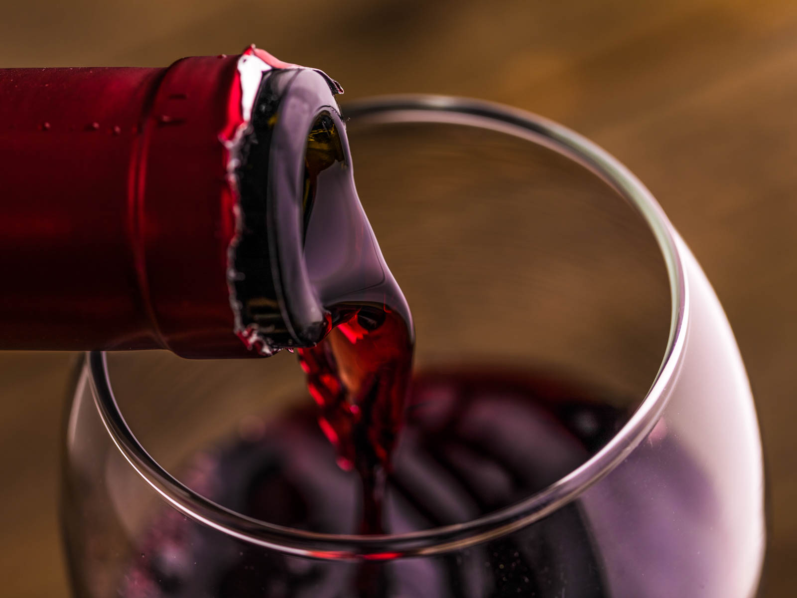 Chefs Refrigerate Young Red Wines
