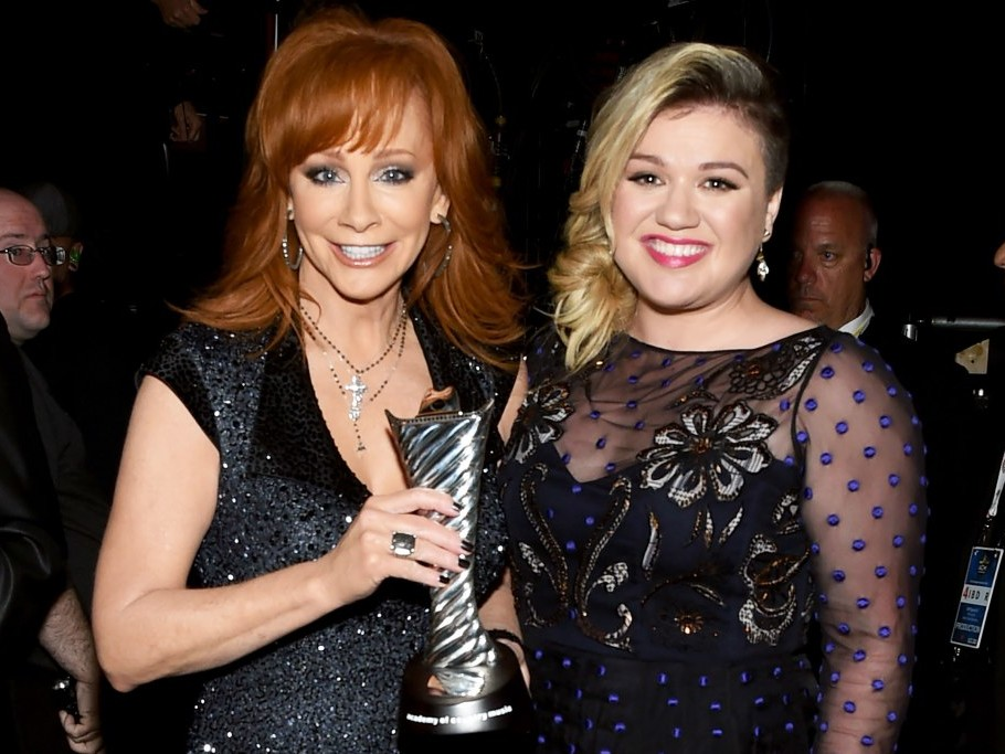 Reba McEntire Opens Up About Her Former Stepson Marrying Kelly Clarkson: 'Thank Goodness!' kelly-clarkson2