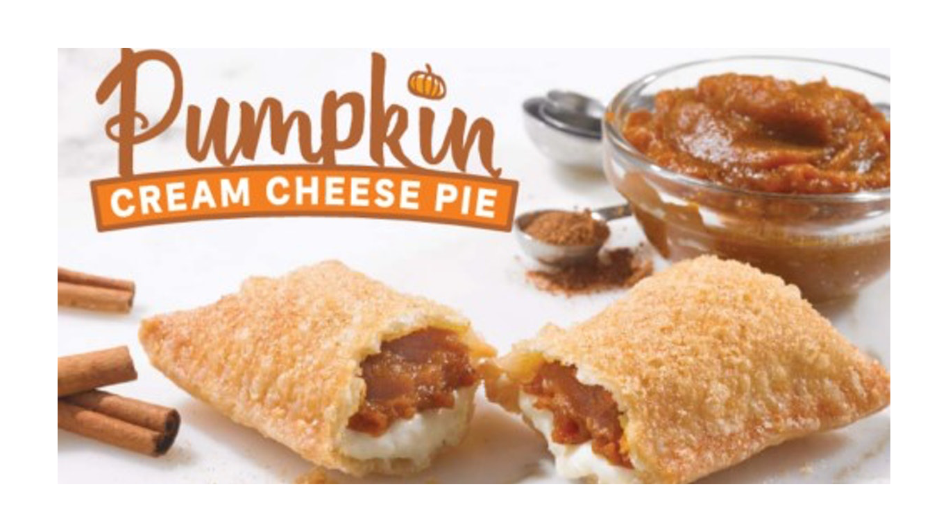 Popeyes Is Bringing Back Its Pumpkin Cream Cheese Pie pop_pie