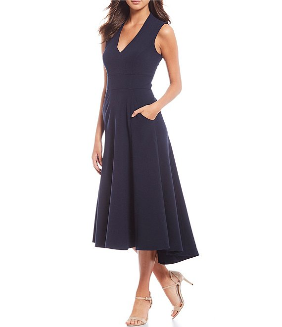 V-Neck Sleeveless Front Pocket Crepe Dress