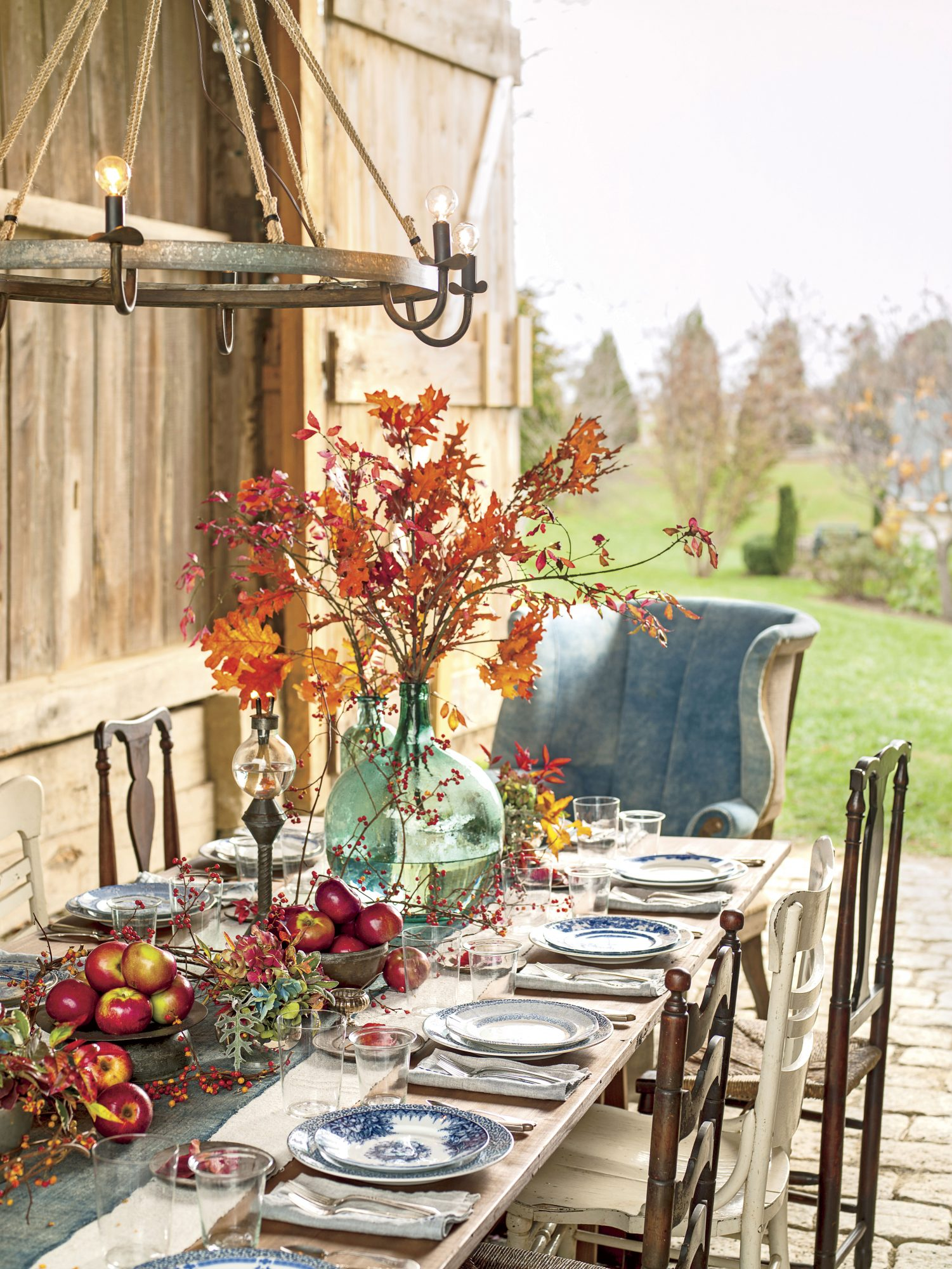 Harvest Apple Table Setting