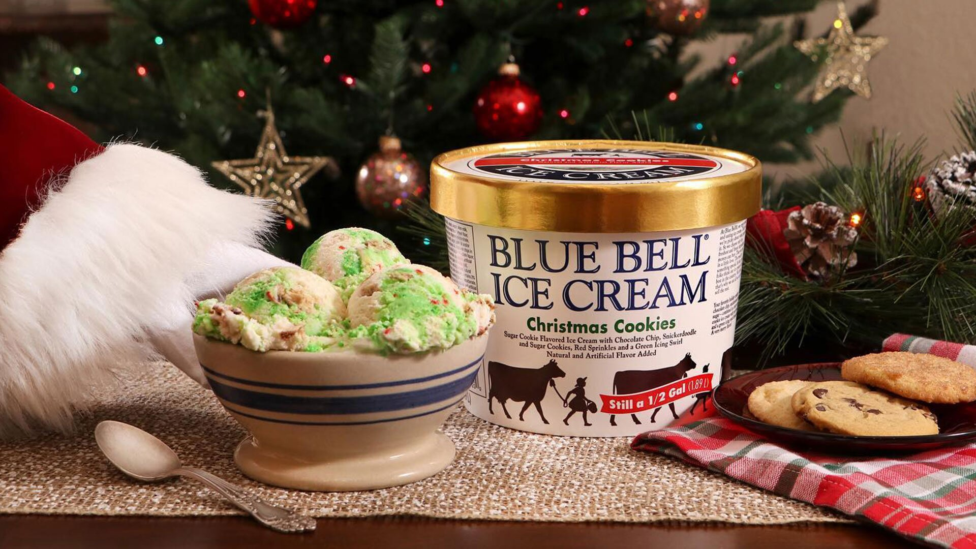 Bluebell Christmas Cookie Ice Cream 2020 Blue Bell's Christmas Cookies Ice Cream is Back! | Southern Living