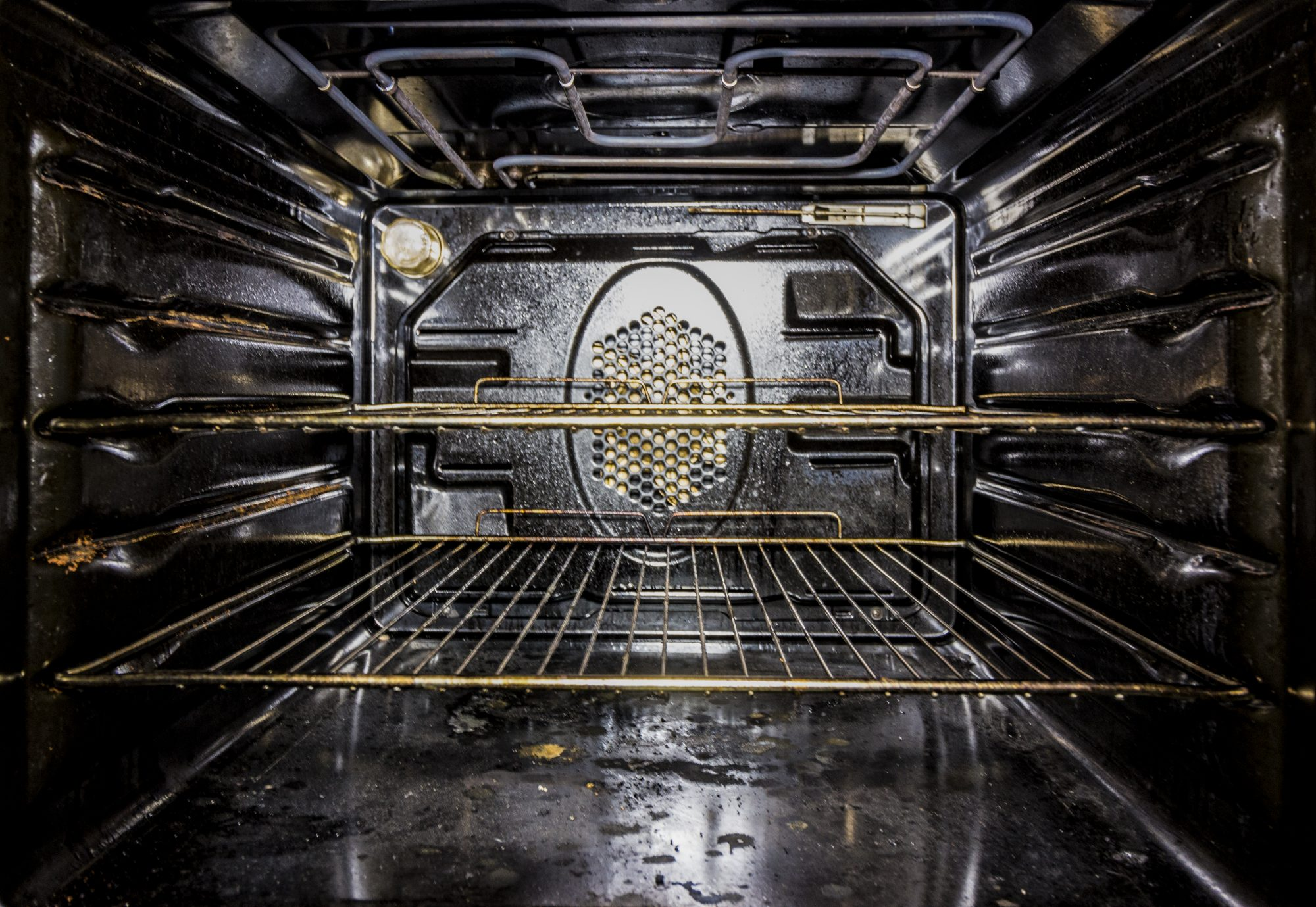 7 Oven-Cleaning Tips I'm Ready to Try This Weekend